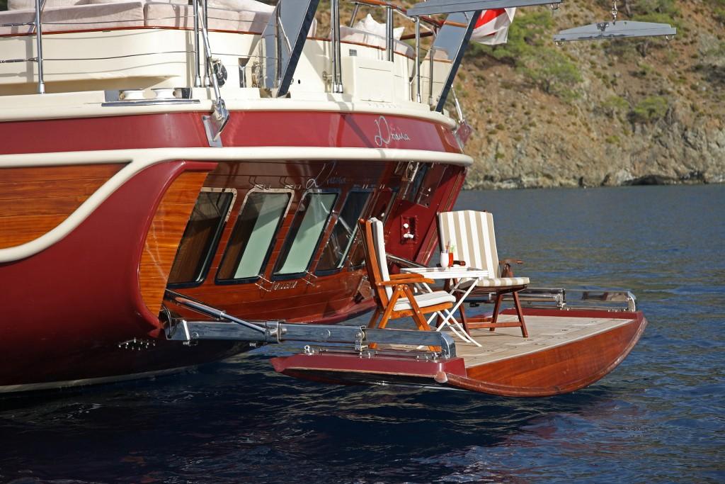 лодка гулета